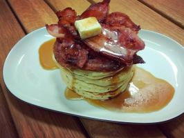 Lunch w World of Pancakes