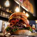 Lunch w Bobby Burger